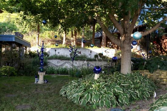 Ferryville, WI: garden