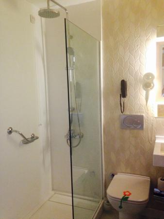 Hotel Izmir Palas: Bathroom