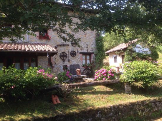 El Molino de Tresgrandas: La casa