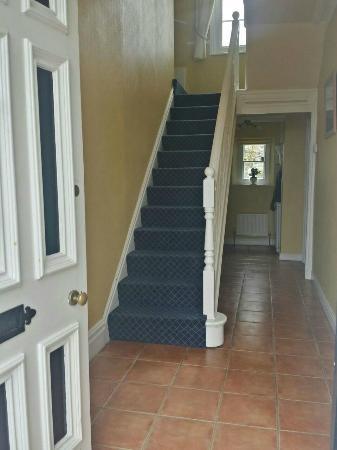 Merton Villa: noticed a new carpet since last time