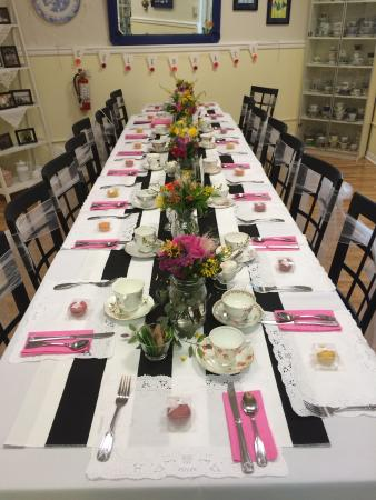 3 Sisters Tea: Table set for bridal shower