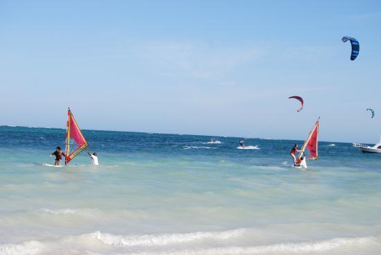 Pinewood Beach Resort & Spa : Wind surfing