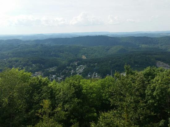 Bluefield, Западная Вирджиния: East River Mountain Overlook