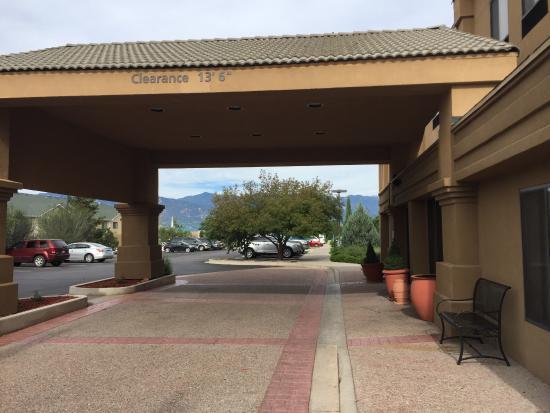 Hampton Inn Colorado Springs Airport: photo0.jpg