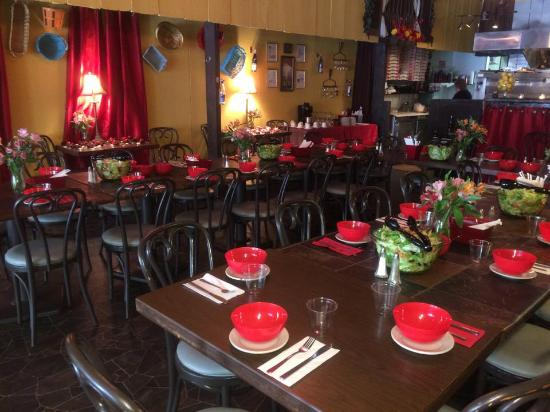 The Blonde Bistro: The Dining Room