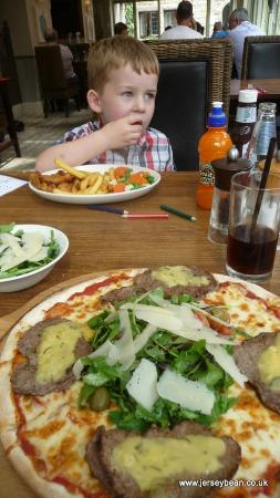 The Tree House : My Pizza - loved it stacked with everything