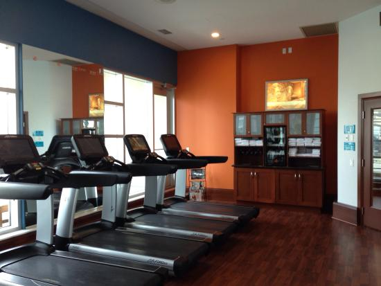 Awesome gym and pool picture of hyatt regency calgary calgary