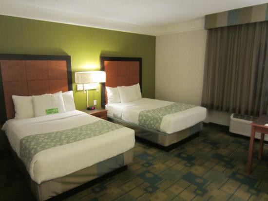 La Quinta Inn & Suites Salt Lake City Airport: 2 queen beds