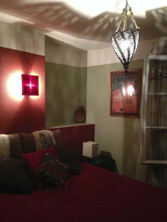 Hotel Eldorado: Double room with ensuite bathroom