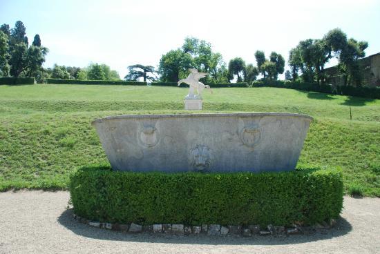 Ancient bathtub - Picture of Giardino di Boboli, Florence - TripAdvisor