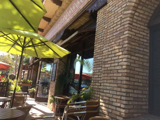 Sabores Peruvian Cafe: Nettes kleines Café mit guten und günstigen Preisen und auch mal Kleinigkeiten �� WIFI PW auf N