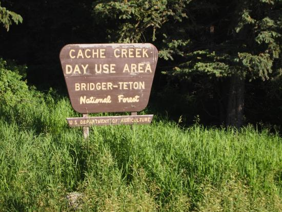 Cache Creek/Game Creek Loop: Cache Creek sign in Bridger-Teton National Forest