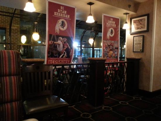 O'Malley's Pub Tysons Corner : Redskins