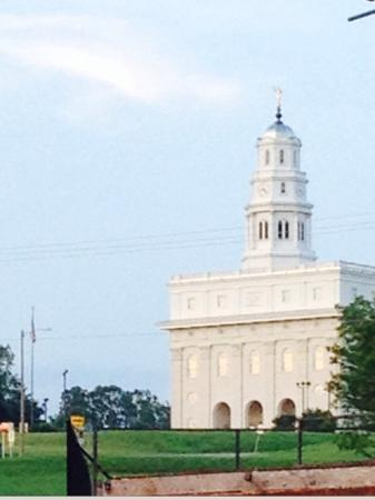 The beautiful Nauvoo temple