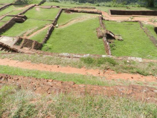 I Giardini terrazzati - Foto di Sigiriya World Heritage Site ...
