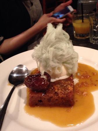 Sticky date dessert