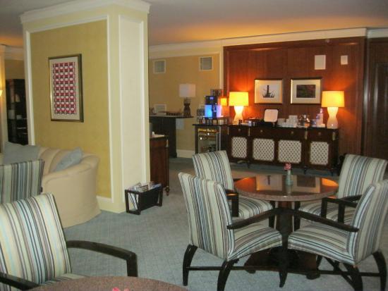 The Ritz-Carlton, Dallas: ラウンジ