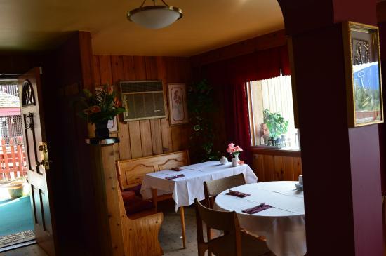 Rocky Mountain Springs Lodge and Restaurant: Ресторан