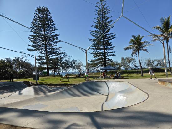 Peregian Beach : Skating
