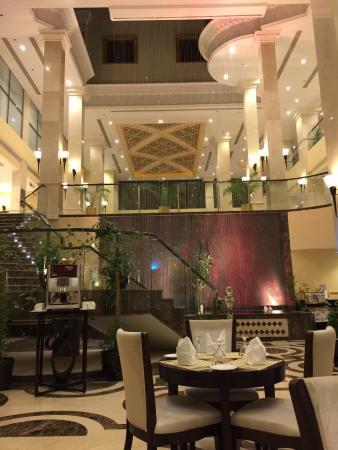 Al Waha at DoubleTree Hilton