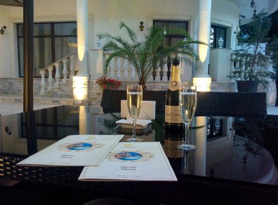 Villa Le Premier: Приватных отель