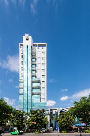 Danang Riverside Hotel: Hotel Front