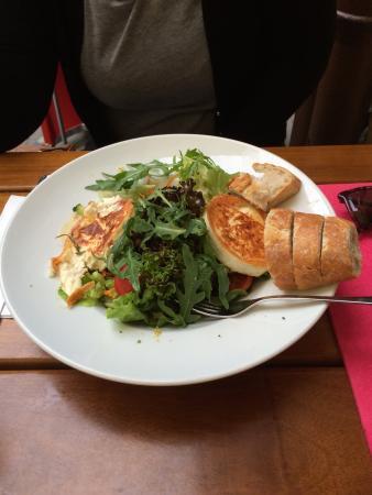 Salat Mit Ziegenkase Picture Of Deutsche Eiche Munich Tripadvisor
