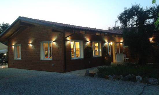 Exedra Restaurant