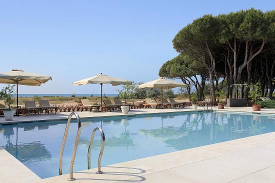 Hotel Resort Bellevue: Pool