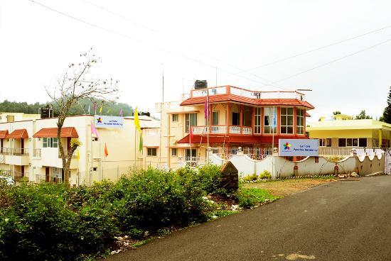 La Flora Paradise Residency