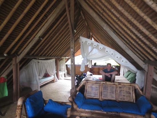 Das Grosse Offene Zimmer Unter Dem Dach Bild Von Topiinn Manggis