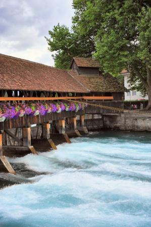 Schloss THUN : thun bridges