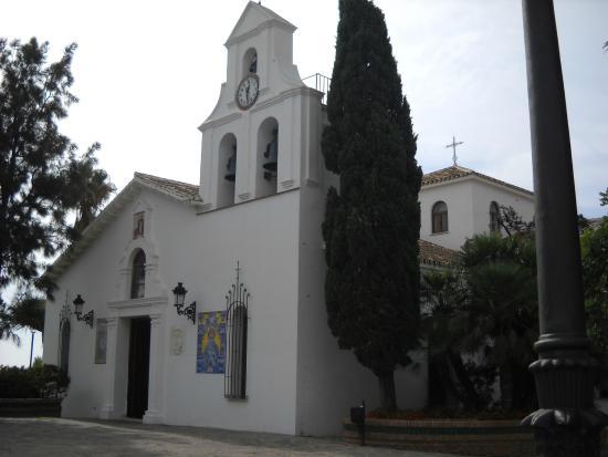 Santa Domingo Church (Iglesia de Santa Domingo): Benalmadena Pueblo, Kirche Santa Domingo