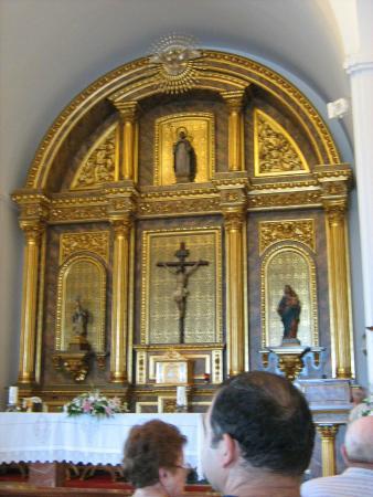 Santa Domingo Church (Iglesia de Santa Domingo): Benalmadena Pueblo, Kirche Santa Domingo, Altar