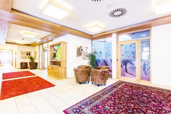 Mci Carpet One