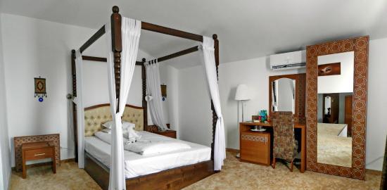 Turkish suite sleeping area