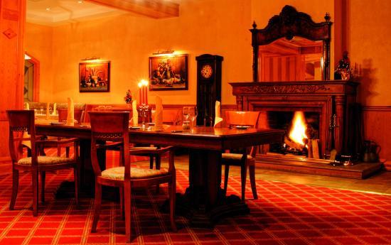 Come Prima Restaurant