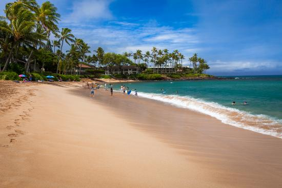 Napili Beach: The most beautiful beach on Maui