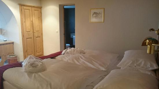 Morosani Posthotel Davos: bedroom