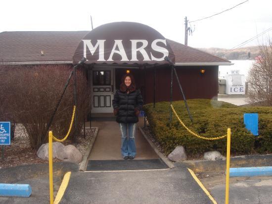 Mars Restaurant Lake Geneva