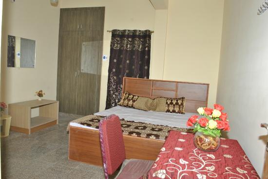 Studio Apartment Chennai studio apartment - picture of vijayamcy service apartments