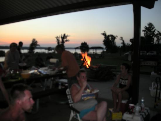 Lake Thunderbird State Park : Pavillion