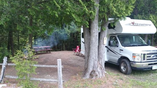 Gordon's Park : Site 2 with small motorhome