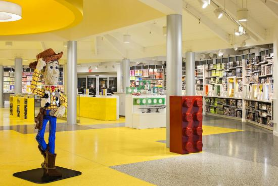 Inside the LEGO Store - Picture of The LEGO Store Downtown Disney ...