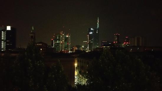 La vista dalla terrazza dello Skyline Milanese - Foto di Ceresio 7 ...