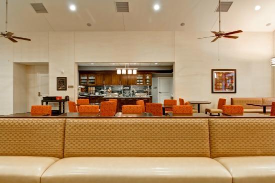seating area picture of homewood suites by hilton woodbridge rh tripadvisor com