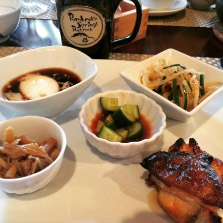 Pembroke Springs Retreat: Authentic Japanese breakfast