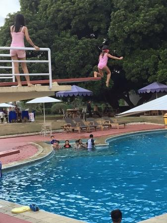 Concordia Hotel: Swimming and Jumping