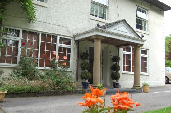 Brook House Hotel