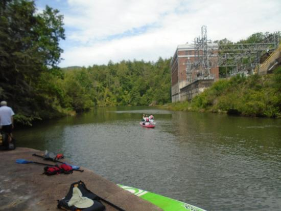 Southern Water Trails: The lake with the old power station in the background